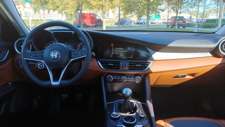 Alfa Romeo Giulia 2,2 JTDm 150 Giulia