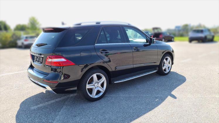 Rabljeni automobil na prodaju iz oglasa 64074 - Mercedes-Benz M-Klasa ML 350 4MATIC BlueTEC Aut.