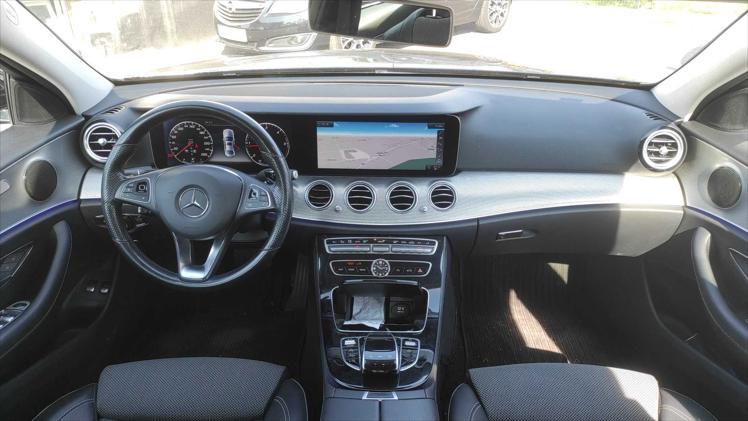 Mercedes-Benz E 220 d Aut.