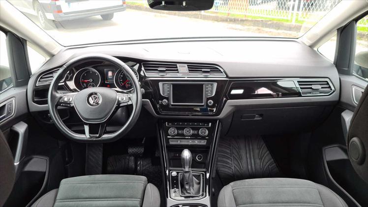 VW Touran 2,0 TDI BMT Highline DSG