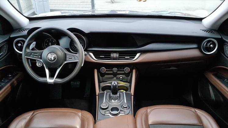 Alfa Romeo Stelvio 2.2 q4