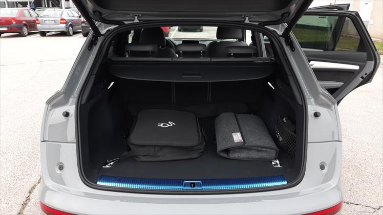 Audi Q5 quattro 55 TFSI e Dynamic S tronic