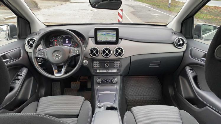 Mercedes-Benz KLASA B 220  d