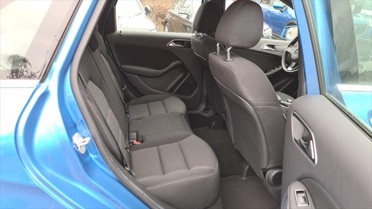 Mercedes-Benz B 180 d Lease Edition 5d