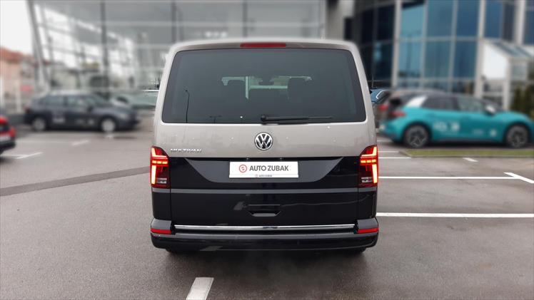 VW Multivan T6.1 2,0 TDI KMR Highline DSG