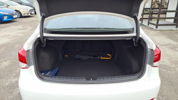 Hyundai i40 1,7 CRDi iStart ISG
