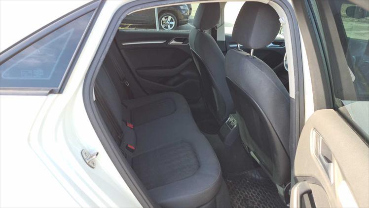 Audi A3 Limousine 1,6 TDI Attraction Comfort S tronic