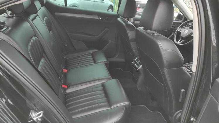 Škoda Superb 2,0 TDI SportLine DSG