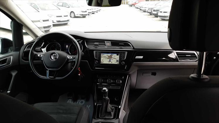 VW Touran 1,6 TDI BMT Highline