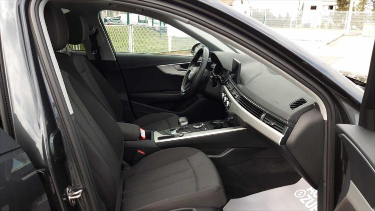 Audi A4 30 TDI Comfort S tronic