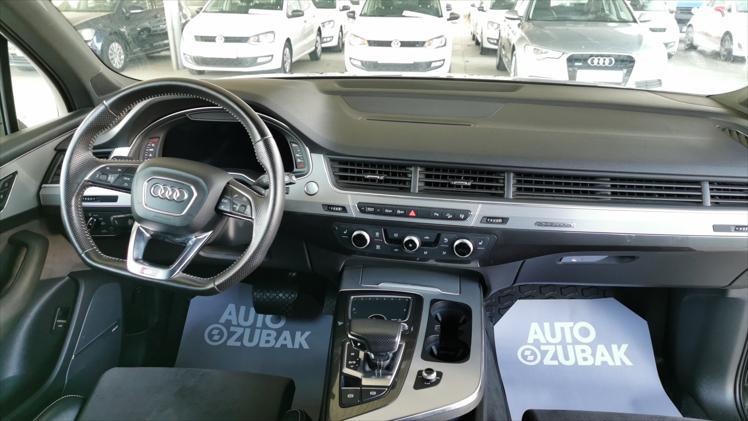 Audi Q7 quattro 3,0 TDI Comfort Tiptronic