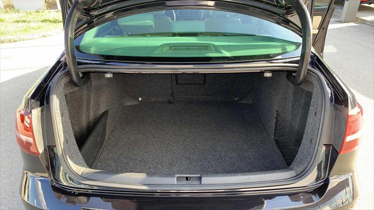 VW JETTA 2.0 TDI
