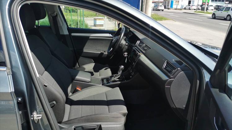 Škoda Superb 2,0 TDI Ambition DSG