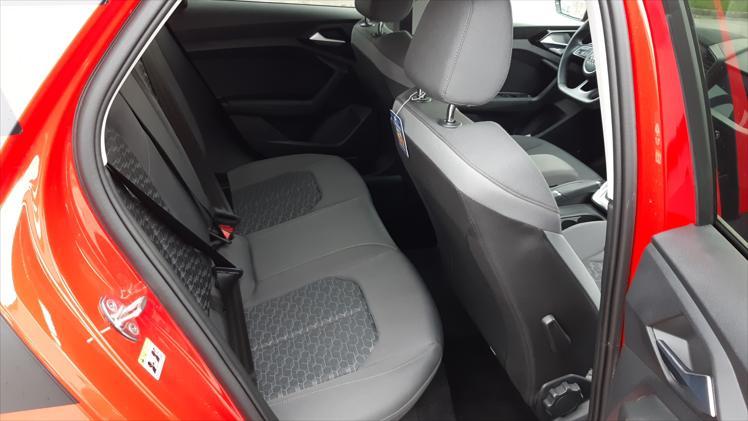 Audi A1 Sportback 25 TFSI S line