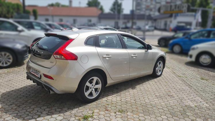 Rabljeni automobil na prodaju iz oglasa 63092 - Volvo V40 V40 D2 Kinetic